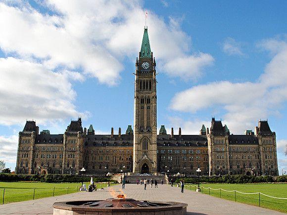 Общество: Канада вслед за Британией ввела жесткие санкции против Белоруссии