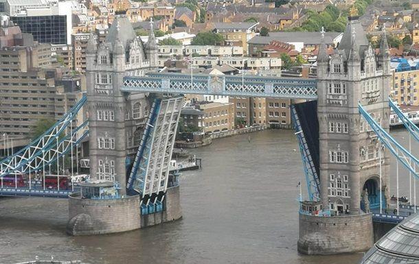Общество: В Лондоне поломался Тауэрский мост