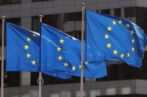 Общество: ЕС поддержал введение США, Канадой и Великобританией новых санкций против Беларуси