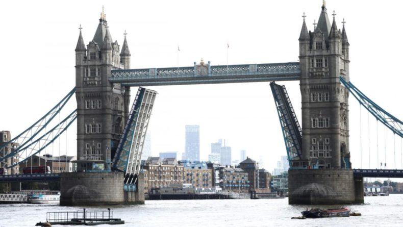 Общество: В Лондоне после сбоя вновь открыто движение по Тауэрскому мосту