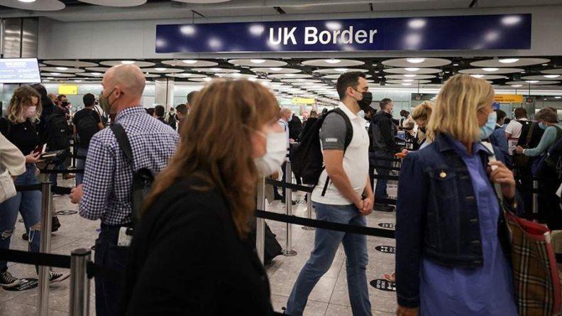 Общество: МИД Британии выразил сожаление о закрытии въезда в РФ для ряда граждан