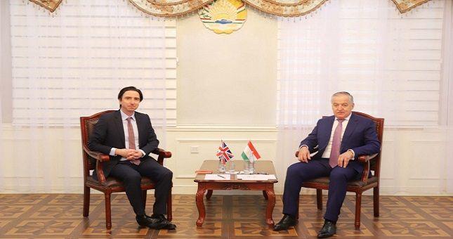 Общество: В Таджикистане завершена дипмиссия посла Великобритании
