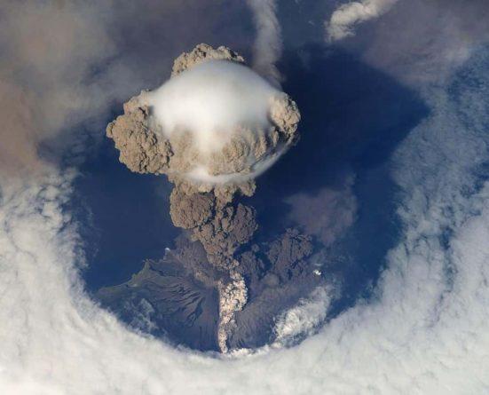 Общество: Ученые из Великобритании выяснили, что изменение климата повлияет на извержения вулканов и мира