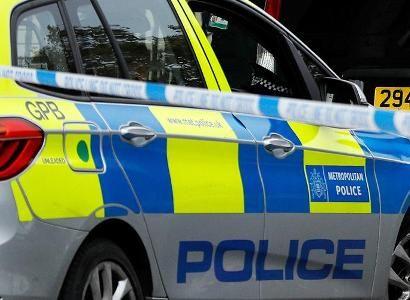 Общество: Шесть человек погибли в результате массовой стрельбы в Англии