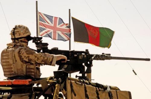 Общество: Великобритания вслед за США отправляет в Афганистан военных