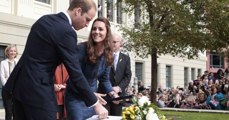 Общество: Одной левой: самые известные левши в королевской семье Великобритании