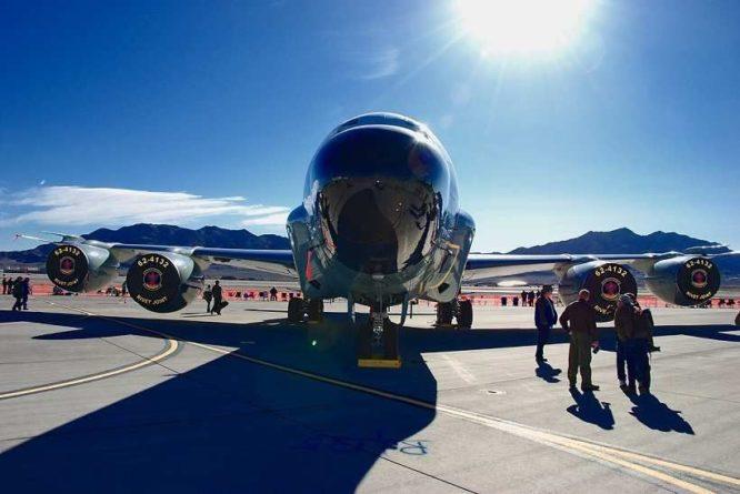 Общество: В Лондоне назвали целью полётов RC-135W у Калининграда «поглощение лучей от российских систем»