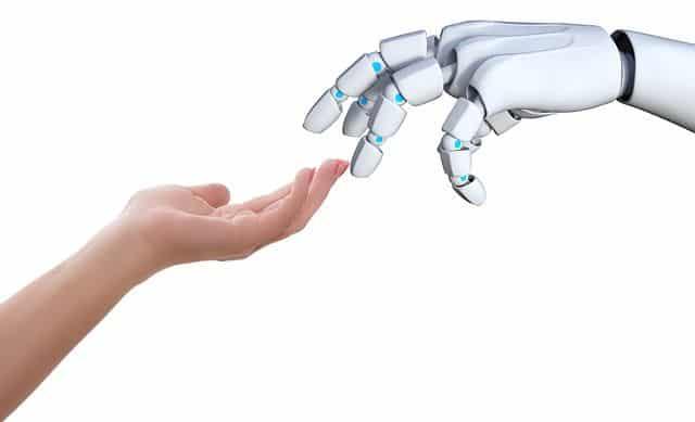 Общество: В Великобритании разработали робота для выращивания и сбора урожая и мира