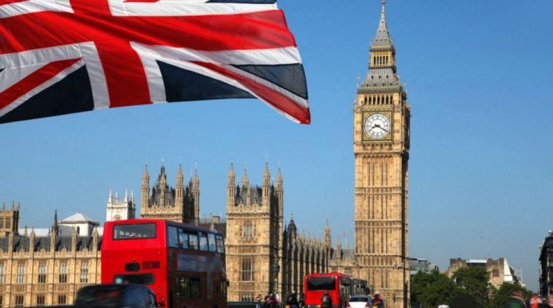 Общество: Срыв каникул: в Британии экстренно вызывают парламент из-за Афганистана