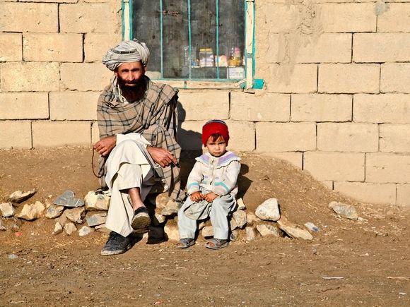Общество: Британия готовит план предоставления убежища гражданам Афганистана