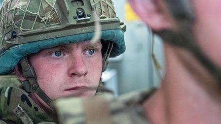 Общество: Британцы потребовали ответить, ради чего их родные гибли в Афганистане