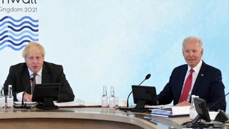 Общество: Байден и Джонсон договорились провести саммит G7 по Афганистану