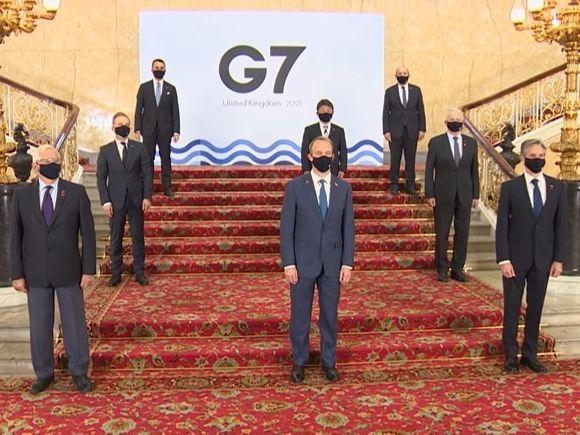 Общество: Джонсон и Байден назначили онлайн-встречу G7 по Афганистану