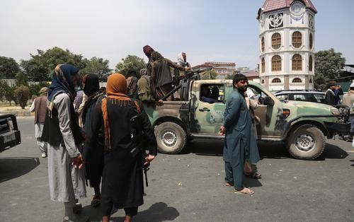 Общество: В генштабе Великобритании заявили, что талибы уже не ведут себя «как в Средневековье»