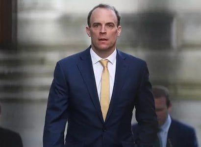 Общество: Глава МИД Великобритании отверг призывы уйти в отставку за то, что не прервал отпуск в связи с событиями в Афганистане
