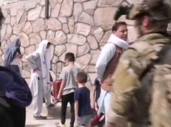 Общество: Великобритания выкидывает США из Афганистана