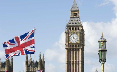 Общество: Великобритания ввела санкции против семи сотрудников ФСБ, которых считают причастными к отравлению Навального