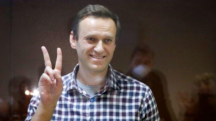 Общество: Великобритания ввела санкции против семи сотрудников ФСБ РФ из-за отравления Навального