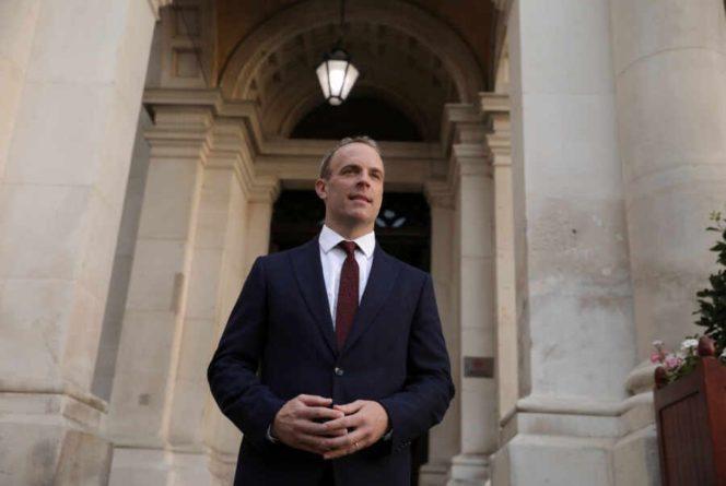 Общество: Великобритания заявила о намерении сотрудничать с РФ и КНР по ситуации в Афганистане
