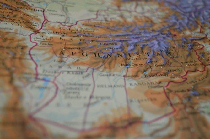 Общество: Эвакуация из Афганистана: Борис Джонсон призывает Байдена продлить крайний срок и мира