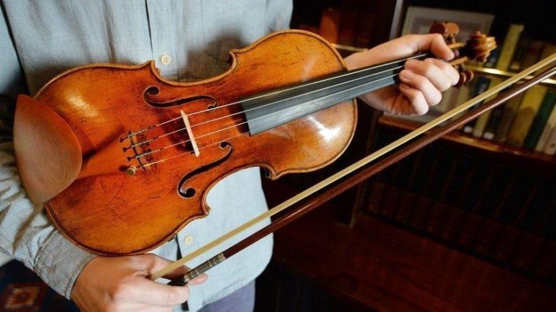 Общество: «Самую дорогую музыку мира» сыграли в Лондоне 12 скрипок Страдивари