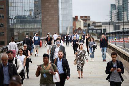 Общество: В Британии раскрыли разницу в зарплатах мужчин и женщин в руководстве