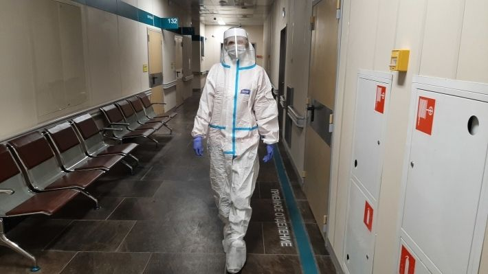 Общество: В Британии опровергли миф о главных распространителях коронавируса COVID-19 в больницах