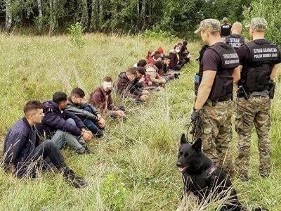 Общество: Рекордное число нелегальных мигрантов задержано при попытке попасть в Великобританию
