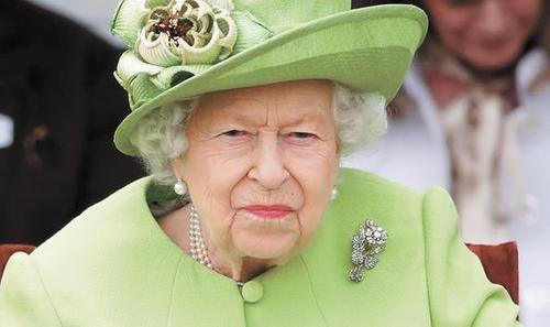 Общество: Королева Англии Елизавета II пригрозила принцу Гарри судом