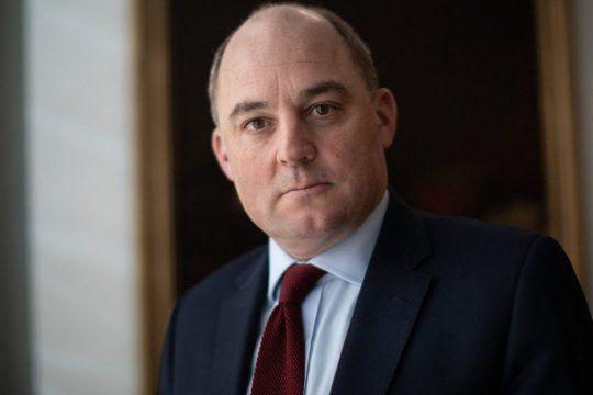Общество: Глава минобороны Великобритании предложил афганцам уезжать из страны наземным путем