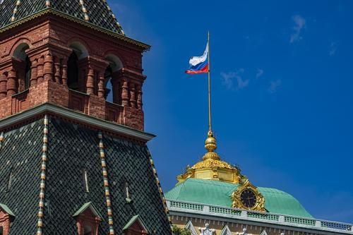 Общество: Политолог Сатановский: США, Великобритания, Канада, Швейцария и Швеция «объявили России холодную войну»