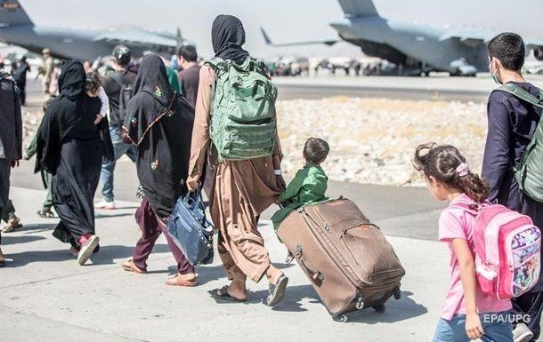 Общество: США, Британия и Австралия предупредили о угрозе теракта в аэропорту Кабула