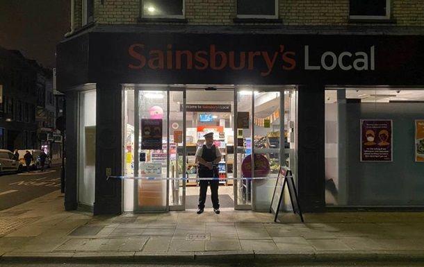 Общество: В Лондоне закрыли супермаркеты из-за отравившего продукты мужчины