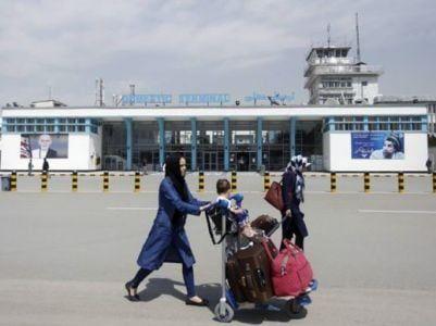 Общество: Министр обороны Великобритании: Весьма вероятна угроза нападения на аэропорт Кабула