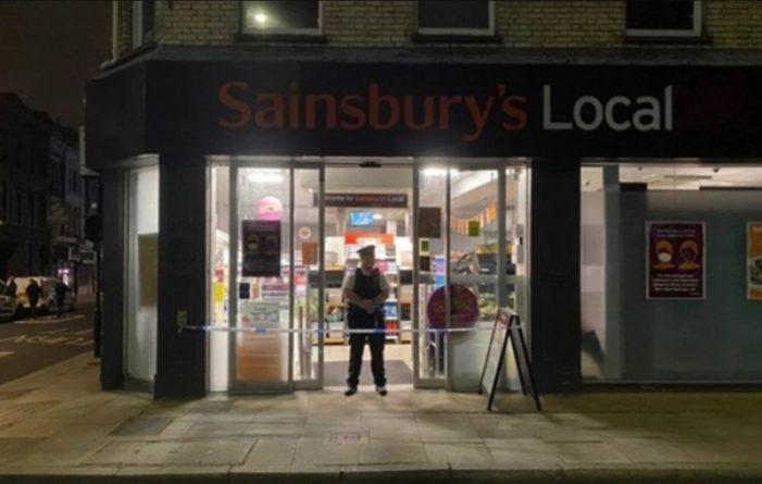"""Общество: В Лондоне закрыли супермаркеты, в которых побывал """"отравитель"""" со шприцем"""