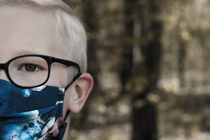 Общество: Британия разработала план вакцинации детей от 12 лет без согласия родителей