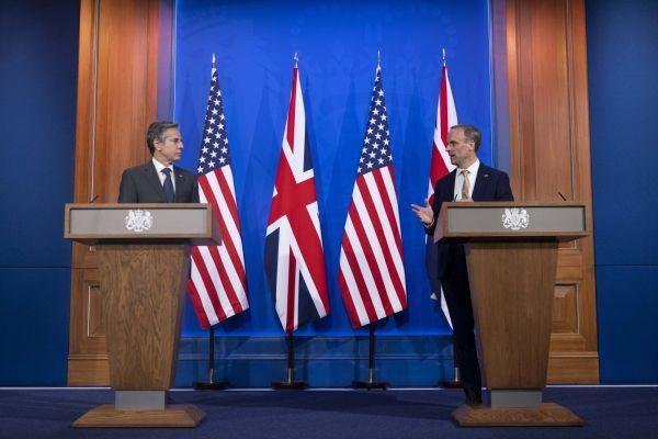 Общество: Главы дипведомств США и Британии обсудили Афганистан и терроризм