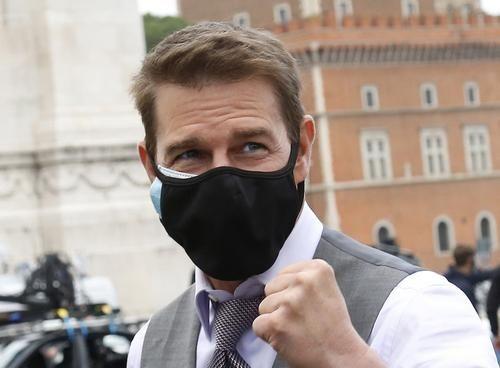 Общество: Актера Тома Круза ограбили на съемках фильма «Миссия невыполнима – 7» в Бирмингеме