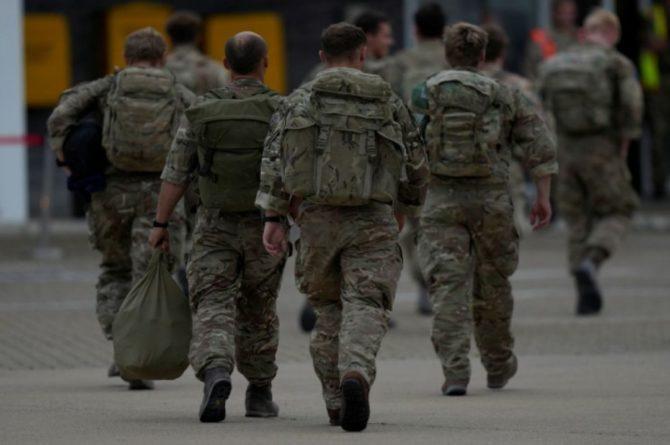 Общество: Британия объявила о завершении операции по эвакуации граждан из Афганистана
