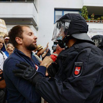 Общество: Массовые ковид-протесты проходят в Лондоне и Берлине