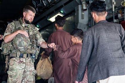 Общество: Великобритания заявила о завершении миссии по эвакуации из Афганистана