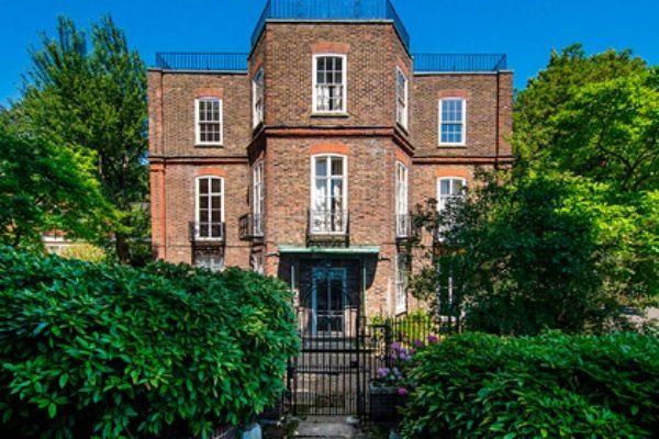 Общество: В Лондоне выставили на торги дом Шарля де Голля