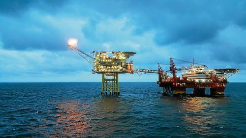 Общество: Greenpeace подала в суд на правительство Британии из-за разрешения на бурение новых нефтяных скважин в Северном море