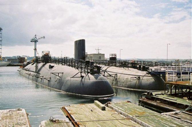 Общество: Британия может переместить ядерные подлодки из Шотландии