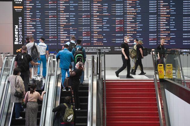 Общество: Роспотребнадзор предложил отменить карантин для туристов из Великобритании