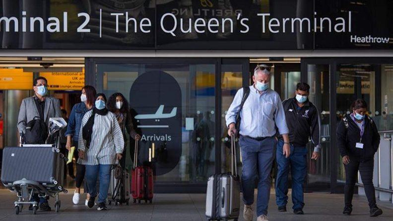 Общество: Россия отменила режим изоляции для прибывающих из Великобритании