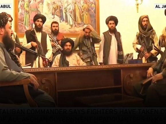 Общество: Глава МИД Великобритании: Лондон не собирается поддерживать сопротивление талибам