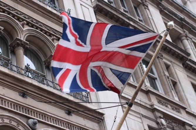 Общество: Издание The Telegraph призвало Великобританию молиться о теплой зиме после запуска «СП-2»
