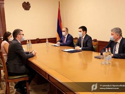 Общество: Глава КГД Армении проинформировал посла Великобритании о проводимых налогово-таможенных реформах