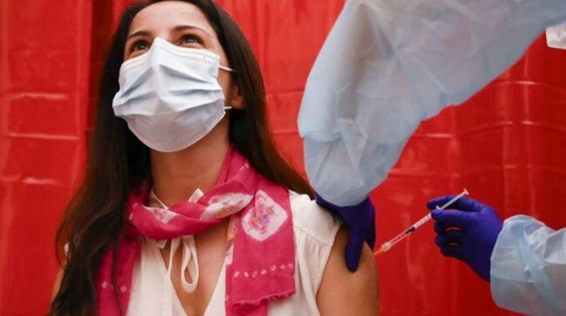 Общество: В Британии разрешили колоть третью дозу вакцины от коронавируса